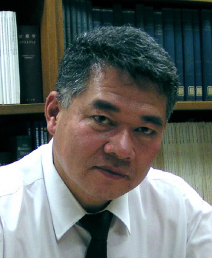prof_Kuwamura